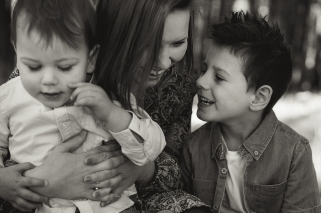 Laena and her boys for web -8-2
